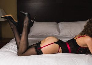 Christine-marie incall escort & sex party