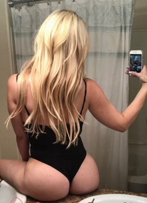 Ani live escort in Oakley